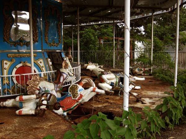 9座「曾經是天堂卻被人類抛棄」的廢墟遊樂園 台灣竟然也榜上有名!