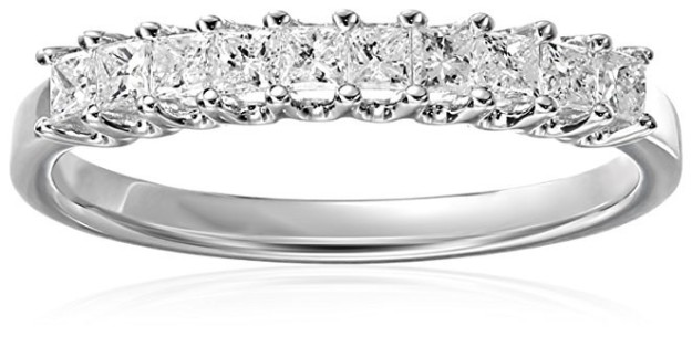 A sparkling band that'll become a family heirloom.