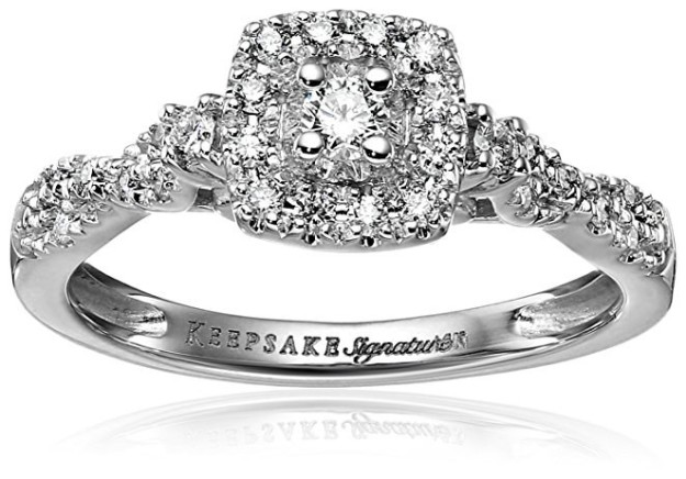 A vintage-style ring that'll make the perfect keepsake.