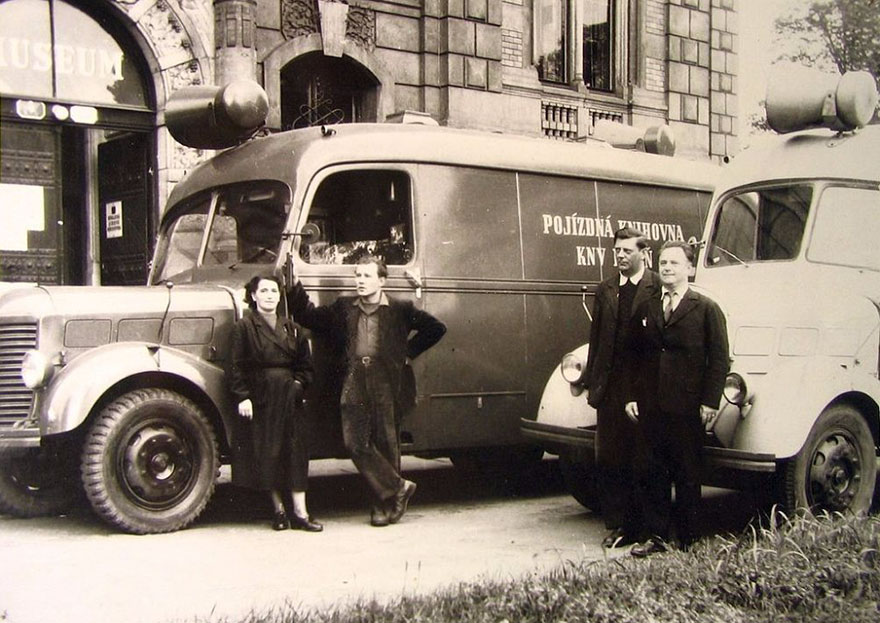 A Czech Book Truck