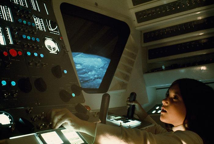 22張國家地理攝影「你對世界的認識其實很少」震撼照片!#14史上第一人進行太空行走!