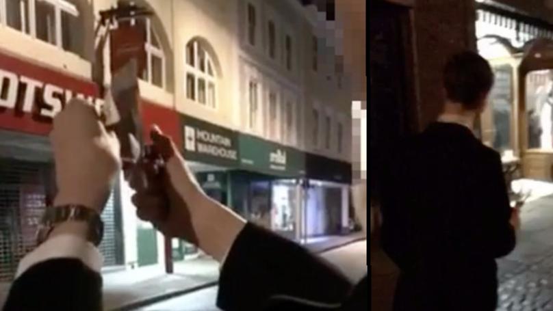 劍橋學生「在流浪漢前燒2千塊鈔票」影片讓他被慘肉搜,媽媽驚:「他還做過流浪者庇護所2年的志工!」