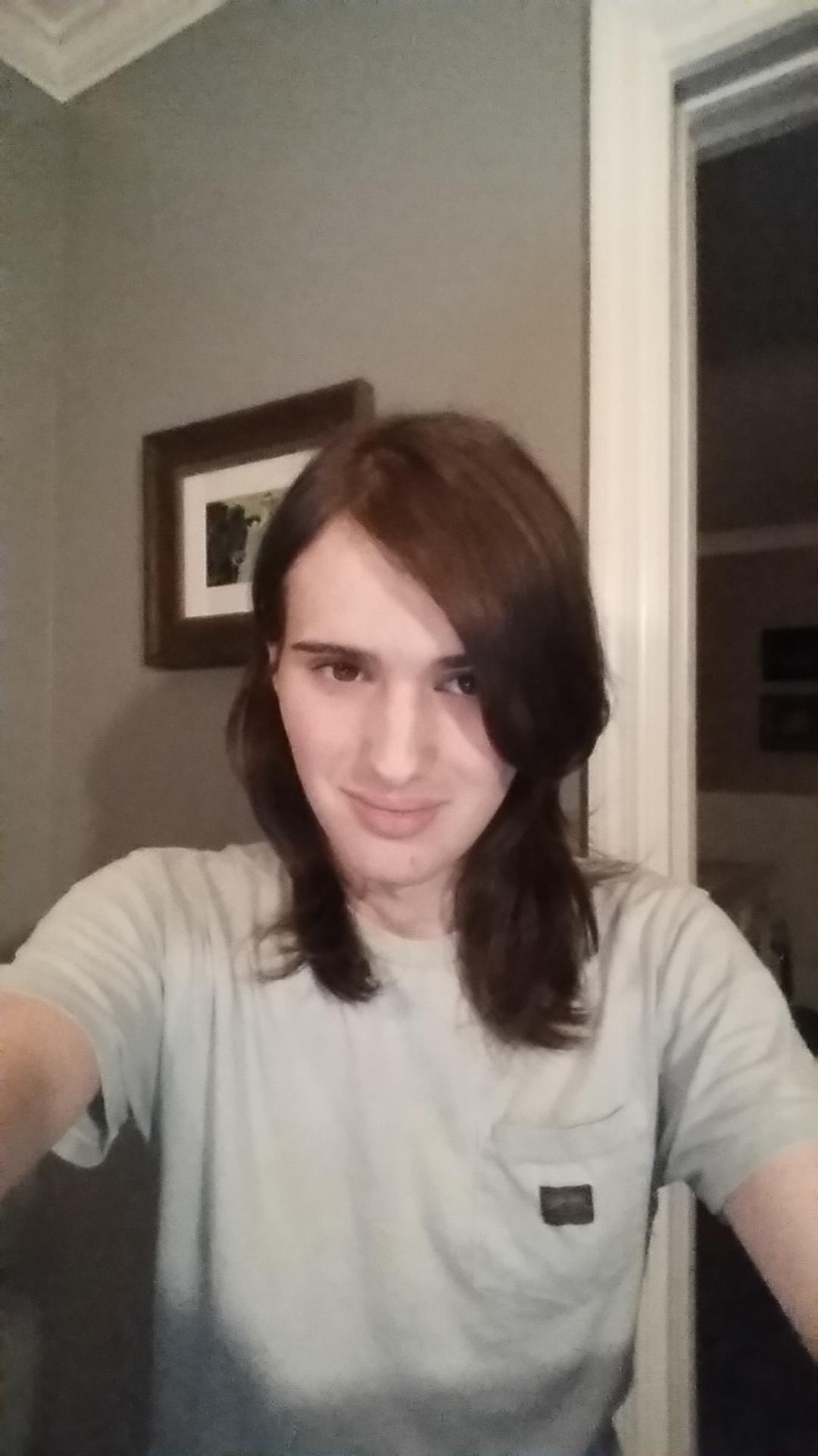 跨性別女性分享「注射荷爾蒙17個月」每個月的轉變照,到第17個月美到可當明星!