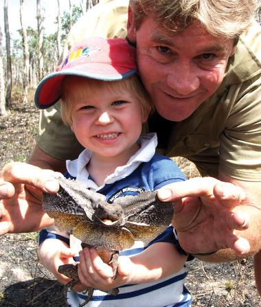 「鱷魚先生」13歲兒子長大了!神基因「複製貼上」追隨爸爸腳步成為「小小鱷魚先生」!(影片)