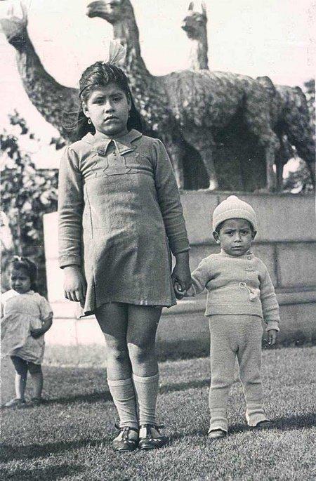女童5歲生下「最不可能的孩子」他一直以為她是姐姐!兒子在40歲病死她再不提起。