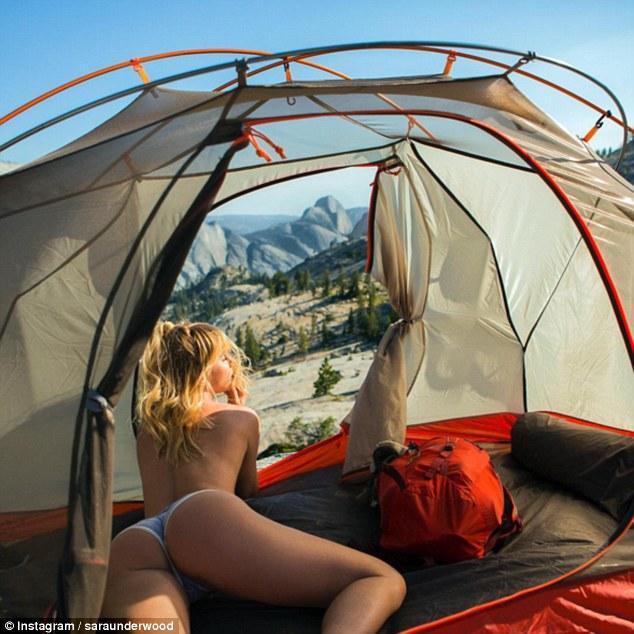 13張讓人完全忽視美景「她的行李一定超輕便」大自然32歲辣模照。最後的「登山」影片害人心臟病發!