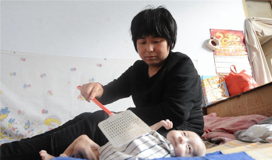 無肛男嬰「大小便都是從雞雞排出」超痛苦,3年手術後「扮鬼臉的模樣」會讓你感動噴淚!