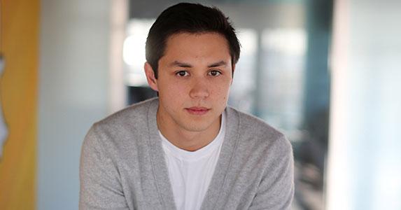 全球「第二年輕億萬富翁」Snapchat菲律賓創辦人今年28!第一名大學跟他是「只是想要酷一點」。