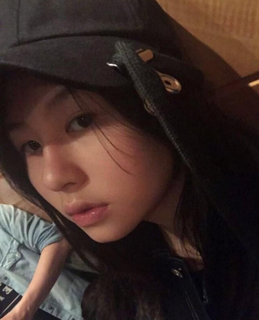 邱淑貞大女兒IG曝光,15歲已踏入「女神級領域」有機會超越媽媽!(8張)