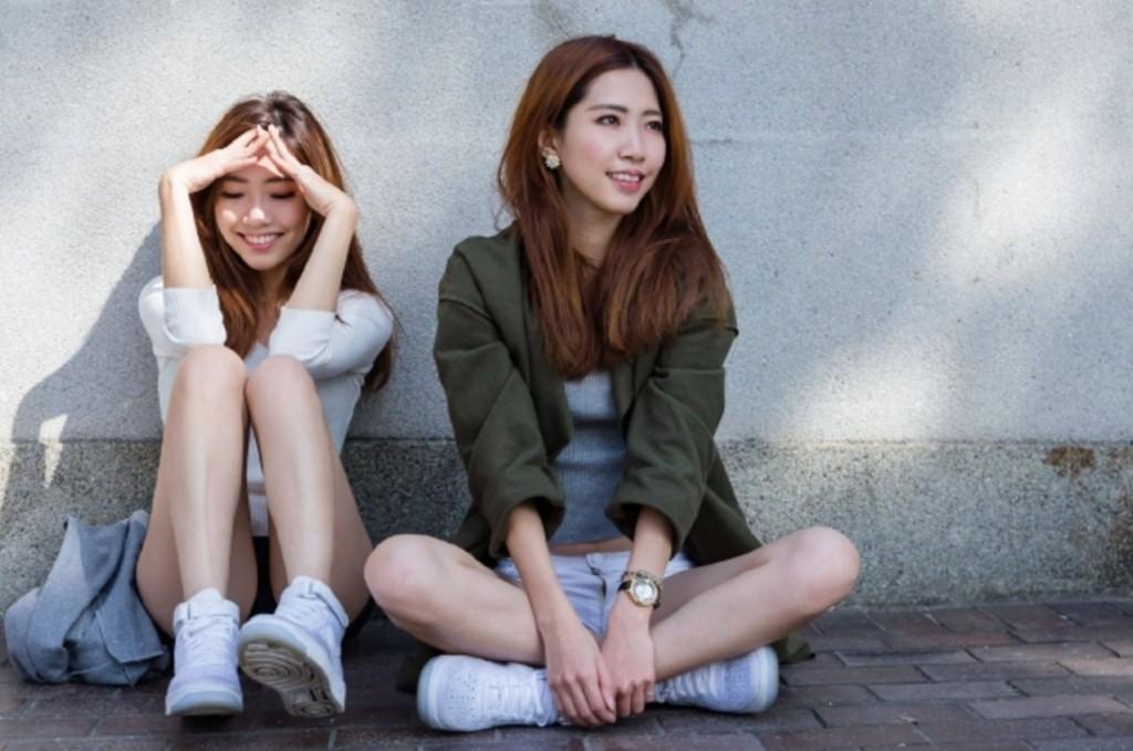 超正「雙胞胎」姊妹花無瑕疵「完美複製」,但那根本就不是重點!(10張)