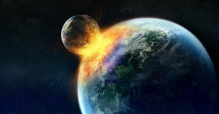 地球與月亮的軌道慢慢「靠近」,天文學專家預測出「相撞」時間!但在那之前有更恐怖的末日。