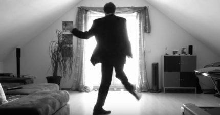 他拍下自己隨便跳舞的畫面,「背光效果超爆炸」3800萬觀看次數網友震驚!