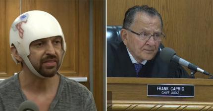 溫馨法官看到男子戴著頭盔進法院,「只花40秒」宣布他無罪!(影片)