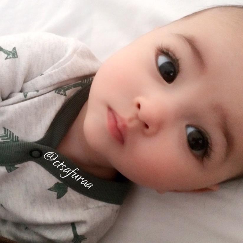 世界最美寶寶「超逆天睫毛+水汪汪大眼」萌翻 看到爸媽樣子後秒懂:難怪!