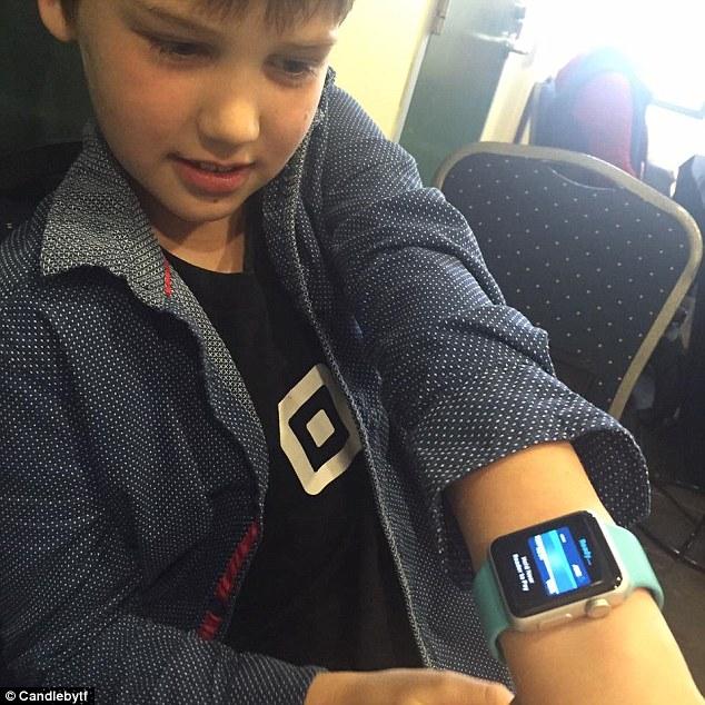 9歲男孩因「媽媽不買Apple Watch」氣到創業 現在「年賺46萬」變小企業家!