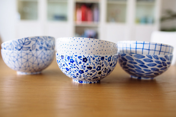 Draw patterns on 365+ bowls with porcelain paint pens.