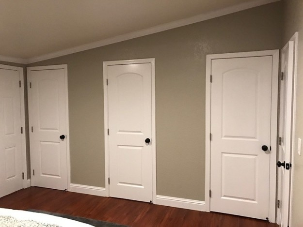 These awkwardly-placed closets...
