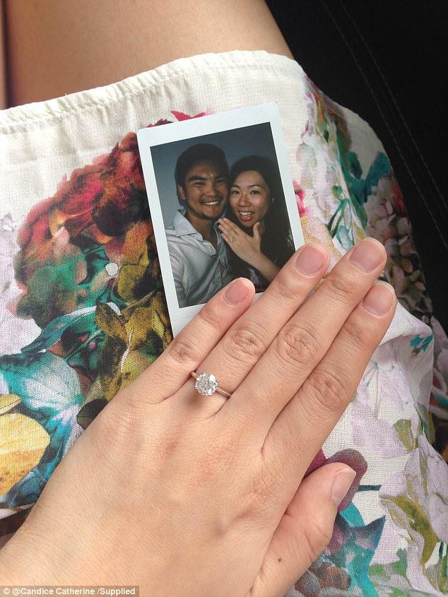 最浪漫男子「花3年佈局」只求女友一生難忘驚喜,「14封情書」排列感人訊息女友直接哭崩!