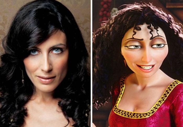 24個「不小心闖入真實世界」的迪士尼電影經典人物,#8《美女與野獸》王子帥到爆!