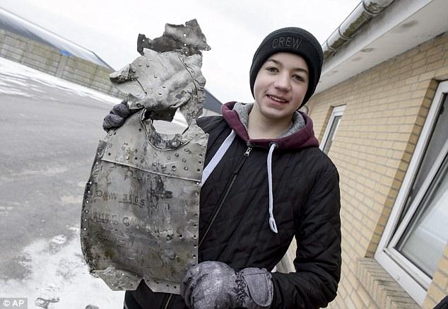 14歲男孩為交歷史作業 「挖出二戰時德墜毀戰機」連機師遺骨都有!