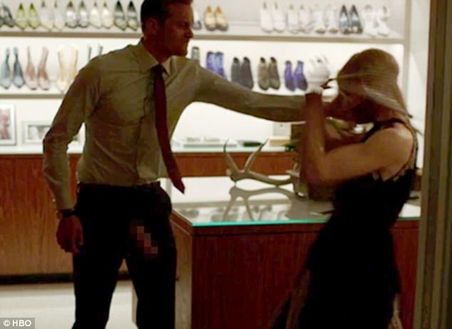 「泰山」正面掏出「像手一樣長的大GG」性慾爆強,讓妮可基嫚「不斷嬌喘」觀眾看到嚇壞!