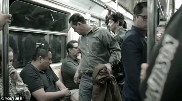 墨西哥城地鐵設置「男體座椅」連GG都有,女生坐下去都「被強暴」!(影片)