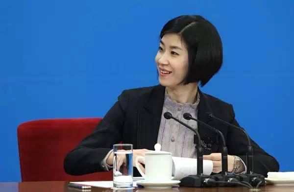 《離騷》也能翻成英文?中國首席美女翻譯官「精準簡潔秒口譯」...網友超佩服