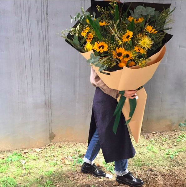 韓國推出這種「專門給害羞女生」的超巨型花束,而且越大束越有效! (11張)