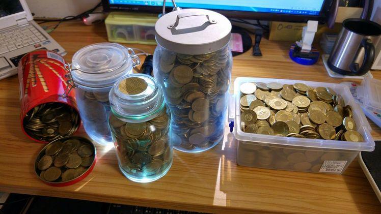 他用「周星馳的存錢筒」養成儲蓄習慣 5個月後金額嚇壞網友!