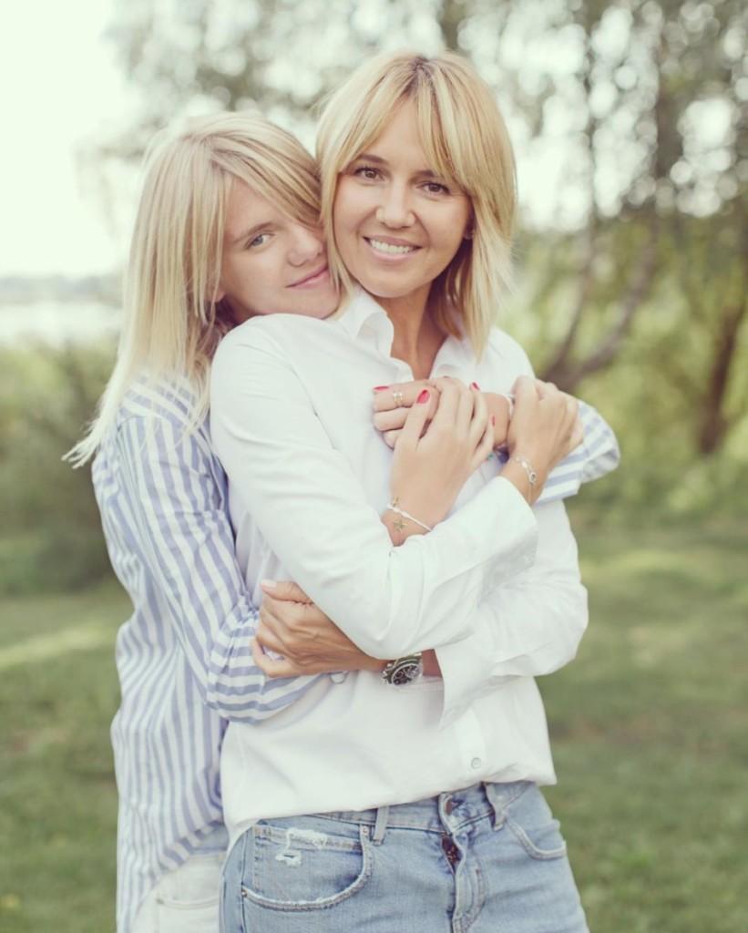 11對分不出來誰是媽媽誰是女兒的「超美母女組」!#7根本就是雙胞胎!