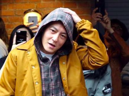 陳冠希近期照片曝光, 「崩壞膚質」讓網友感嘆:「歲月不饒人啊!」