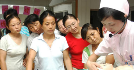 57歲的家庭主婦在家太無聊,不小心找到「月入8萬」高薪工作!