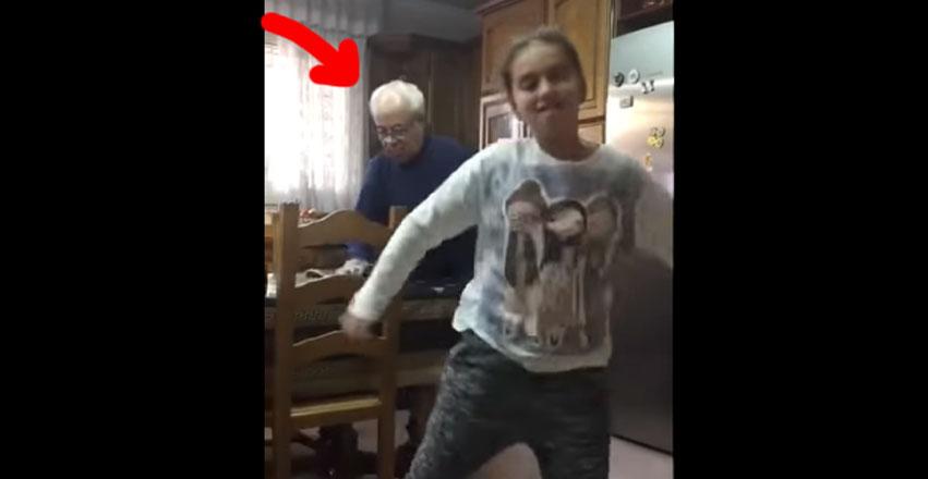 女孩拍攝自己跳舞,阿公「在後面假裝打掃」把所有目光都徹底偷走了!