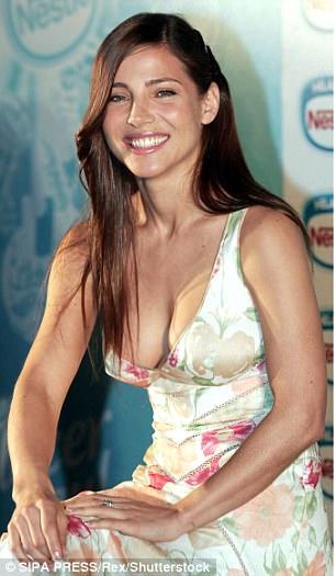 《玩命關頭》伊蓮娜「雷神老婆」現在40歲但更美!3個孩子的媽穿上比基尼女孩都嫉妒死!(20張)