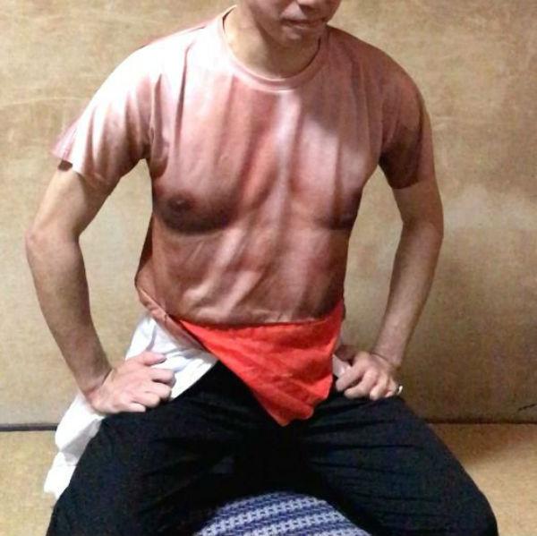 最變態日本「切腹自殺衣」!從左拉到右還有「特別效果」血腥到對方必須原諒你!