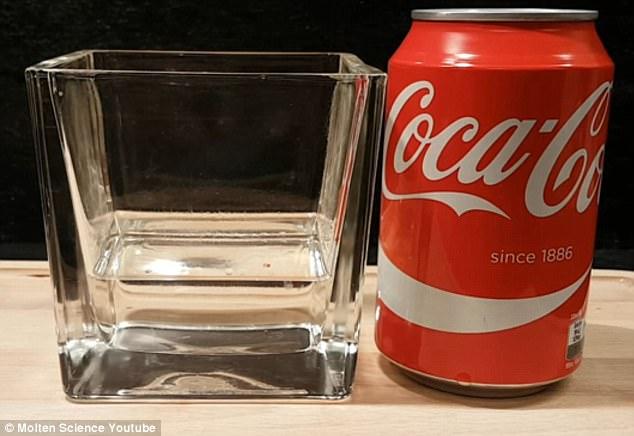 實驗可口可樂跟胃酸結合...不到10秒 網友:以後不喝了啦!(影片)