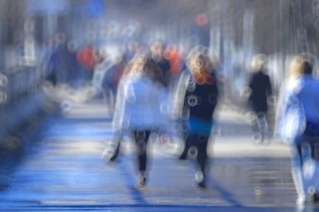 12個「你的眼睛一直想要跟你說」的身體秘密健康警訊。#8一直流眼淚的人一定要注意!