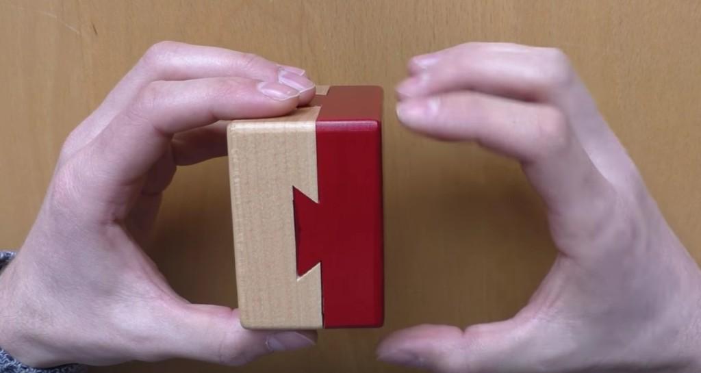 難到讓人想抓狂的「不可能開的盒子」破解影片,你看出線索了嗎?!