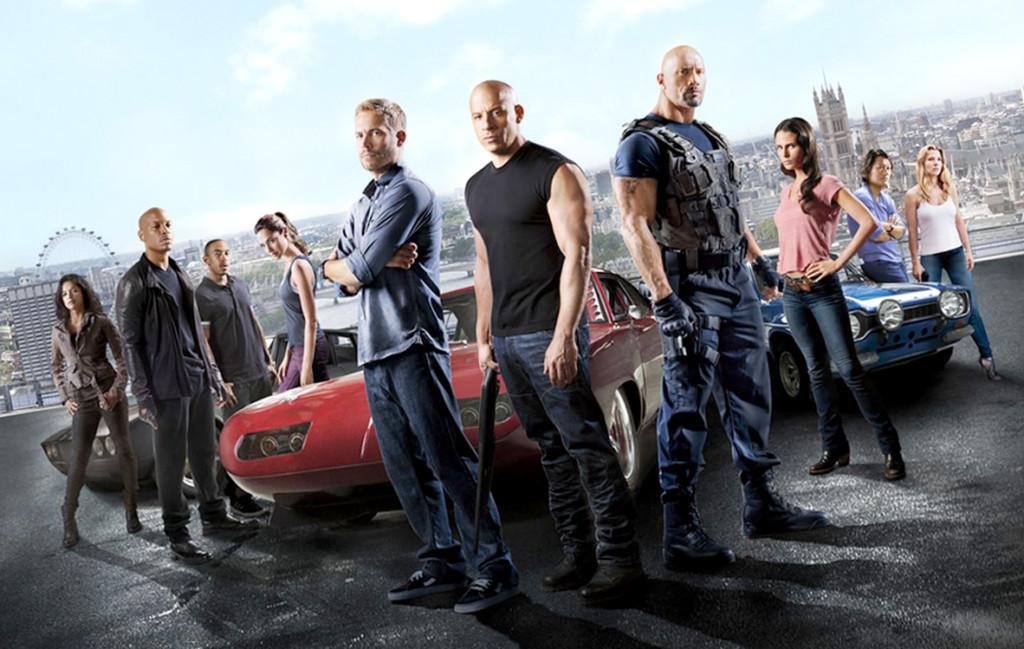 8個《玩命》系列隱藏版驚奇內幕大公開,第一集應該是《火爆麻吉》!撞爛的車最後下場曝光!