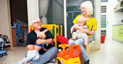 不顧父母反對「白化症夫妻堅持生2子」被外界罵爆,丈夫「打開冰箱」大家瞬間明白問題所在!