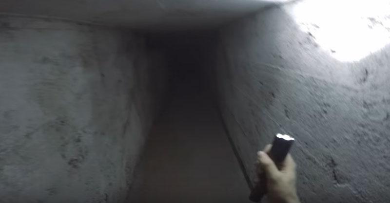 意外發現廢棄工廠裡隱藏起來的隧道!走進去「應有盡有」嚇到馬上拍下來!