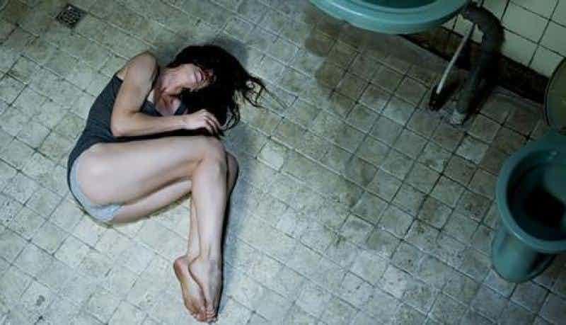 15個看了會留下一輩子陰影的「史上最不舒服電影橋段」。莫妮卡貝露琪這場強暴戲大部分人看不完...