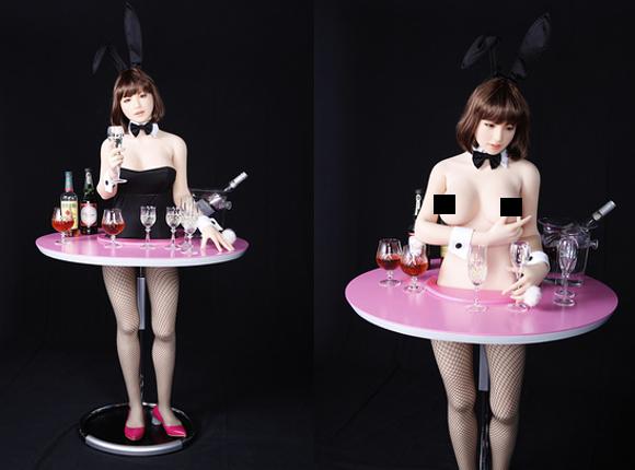 日本第一「愛愛娃娃」超狂展覽要讓你「親自體驗」,最新娃娃還會從乳頭擠「愛汁」餵你喝!