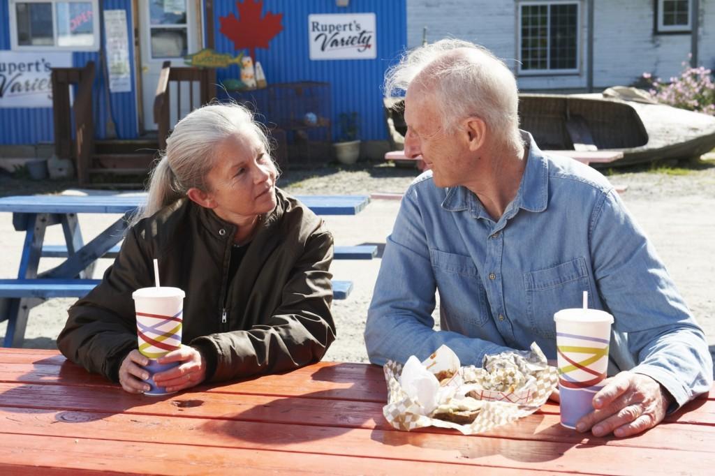 粗獷工人午餐只吃「干絲配清羹」,一通電話甜問愛妻這句話 網友:超暖想嫁!