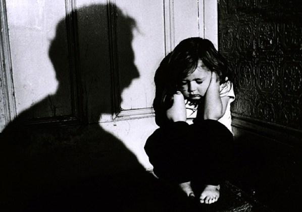 研究發現「聽話的人都不快樂」 警告父母:孩子越乖才應該擔心!