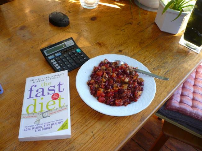 「隔日禁食」效果比普通節食減肥有效多少?花一整年的研究會讓你知道你今天該怎麼吃!