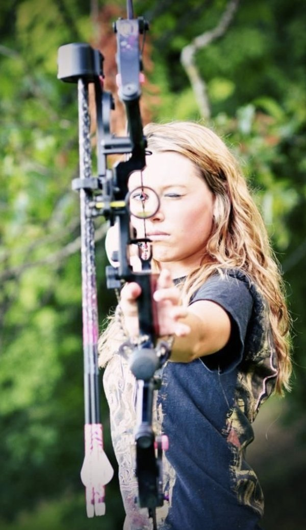 bow arrow archery girls 600 84 Pull and release with some archery girls (54 Photos)