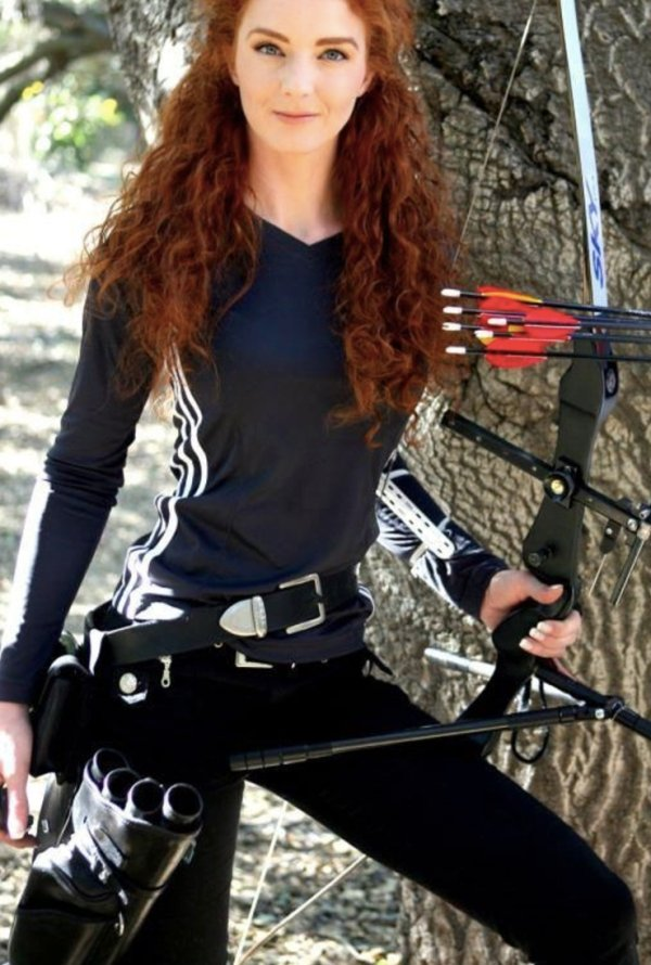 bow arrow archery girls 600 89 Pull and release with some archery girls (54 Photos)