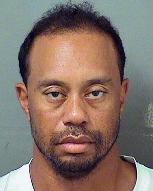 酒測值是零!前高爾夫球王老虎伍茲被逮捕時「昏睡在駕駛座上」,他:「我知道我做的事的嚴重性」
