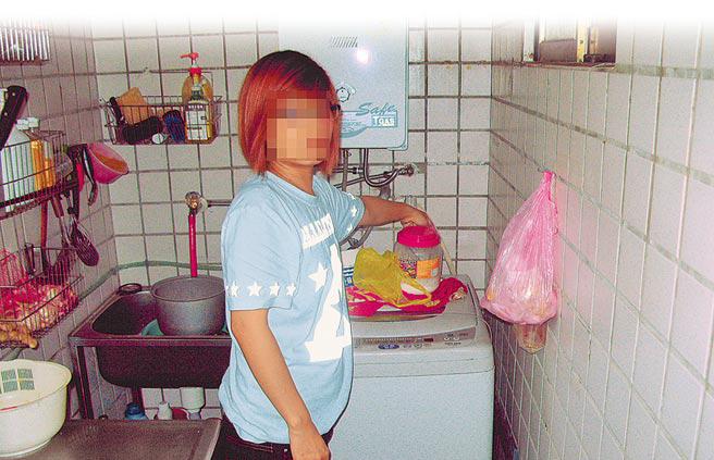 3月女嬰遭同居男友「關貓籠吊牆」凌虐死,狠母竟幫「淋熱水剪屍丟棄」判決出爐!她:3年來她每天都找我!